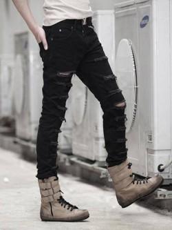 Quần jean nam đen rách bụi thời trang.