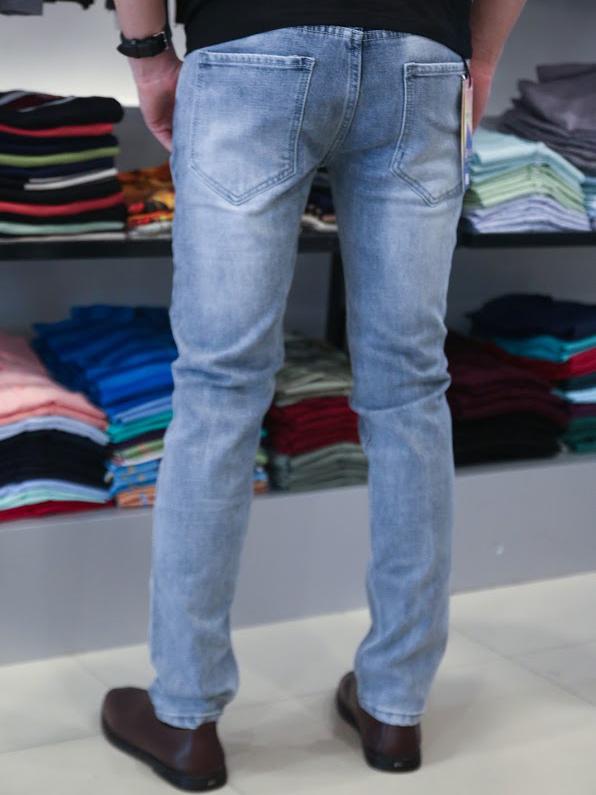 Những mẫu quần jean nam bạn phải có trong năm - 3